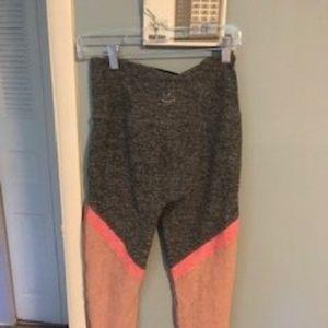 Beyond Yoga Space Dye Angled Leggings Large